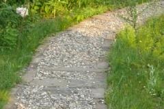 Kiesgebundener Weg